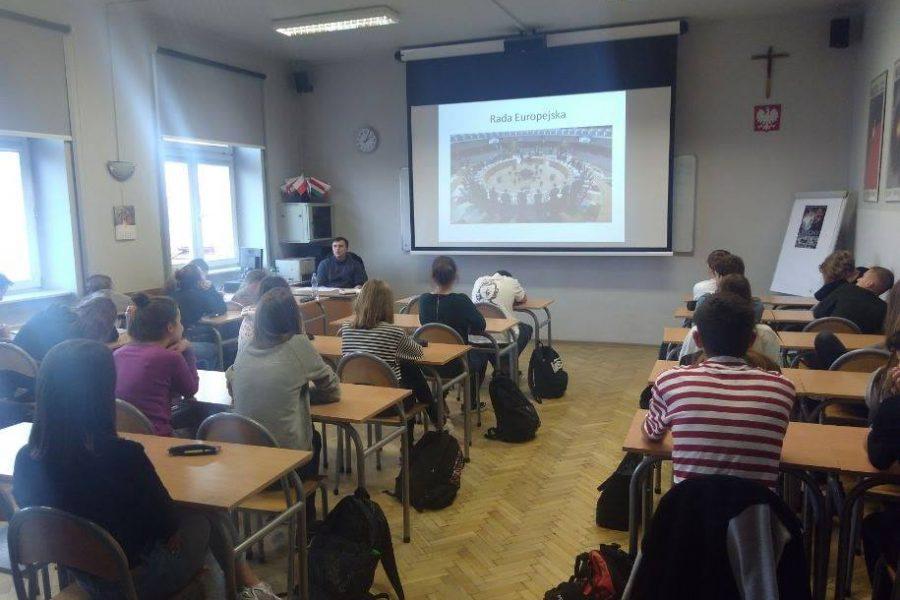 Lekcje o historii polskiej dyplomacji.