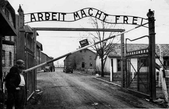 Międzynarodowy Dzień Pamięci o Ofiarach Holocaustu.